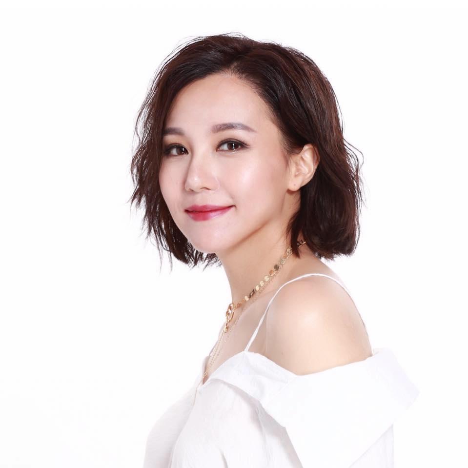 Carisa Yan 甄詠珊